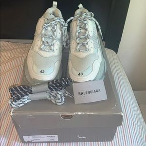 Belenciaga Triple S Clear Sole